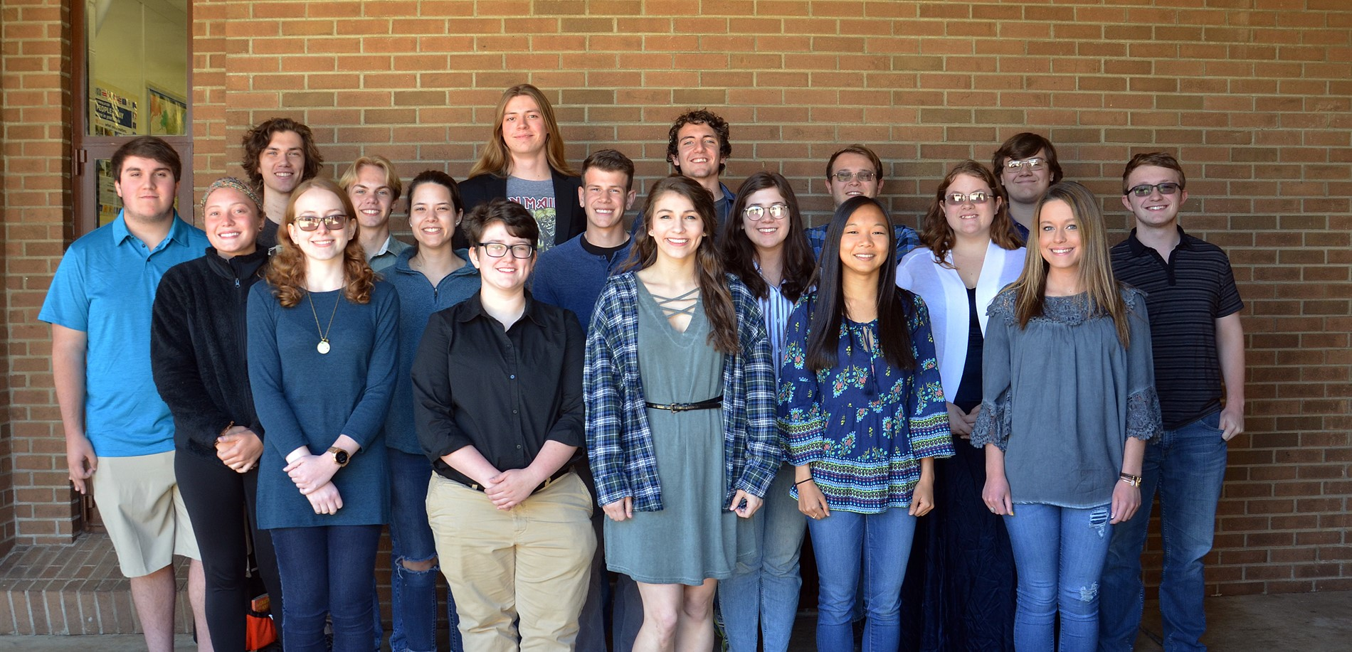 Group photo of 18 students that scored 30 or above on the ACT test.